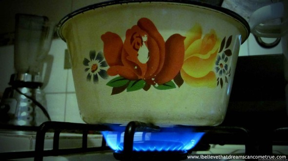 Nothing more homely like a pot of on the fire